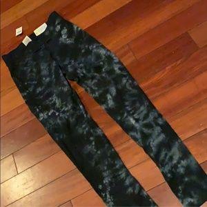 XS Victoria Secret Pink Leggings NWT
